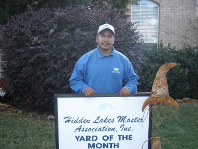 HIdden Lakes Keller Yard of the Month
